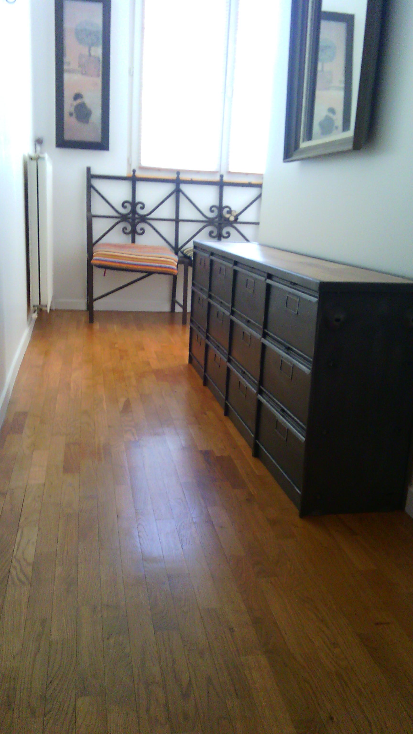 Meuble entree tele tv chaussure papier steel loft paris for Meuble a chaussure paris